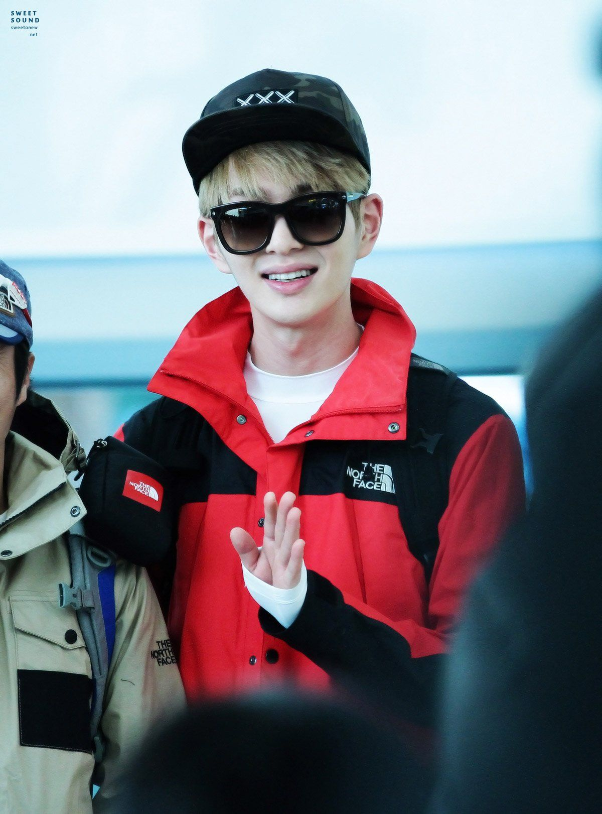 Onew ' Incheon Airport ② ' // 140310