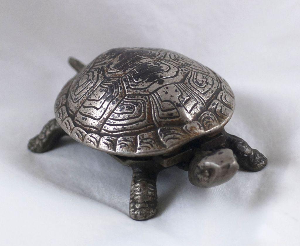15mm x 11mm Antique Silver TierraCast Pewter Turtle Bead #CK100