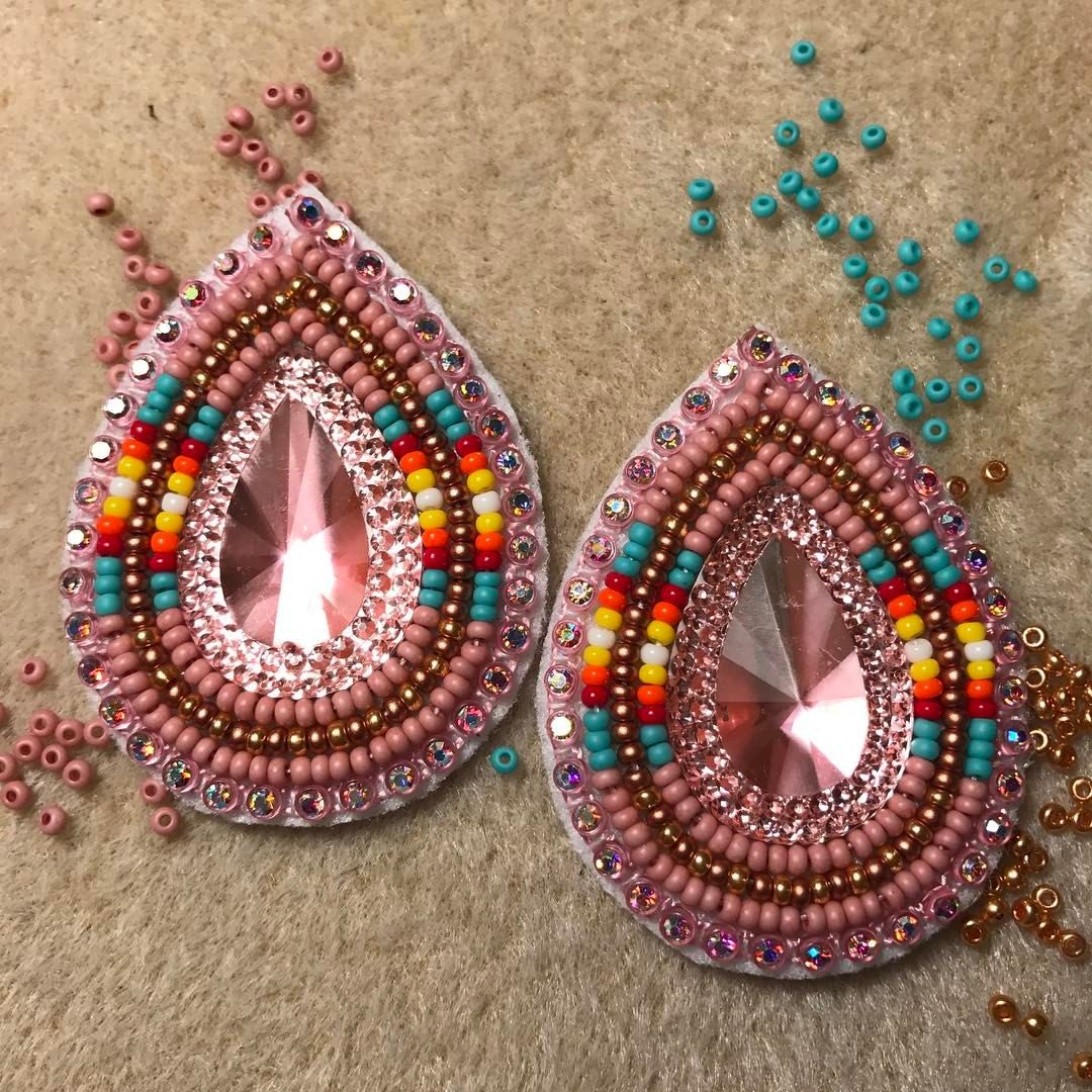 Beaded earrings bead work favs pinterest bead for How to make american indian jewelry