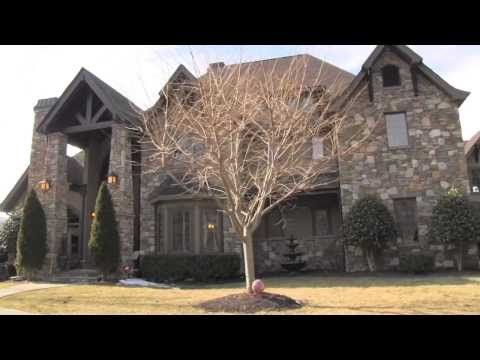 288 Shady Creek Ln; Hendersonville, NC Home For Sale
