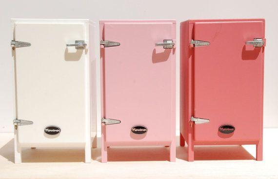 Kühlschrank Puppenhaus : Kleine rosa kühler kühlschrank kühlschrank kühler und rosa