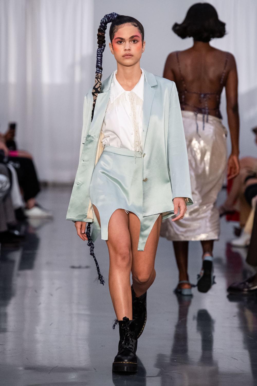 Black Fashion Designers 2020.Maki Oh Spring 2020 Ready To Wear Fashion Show Spring 2020