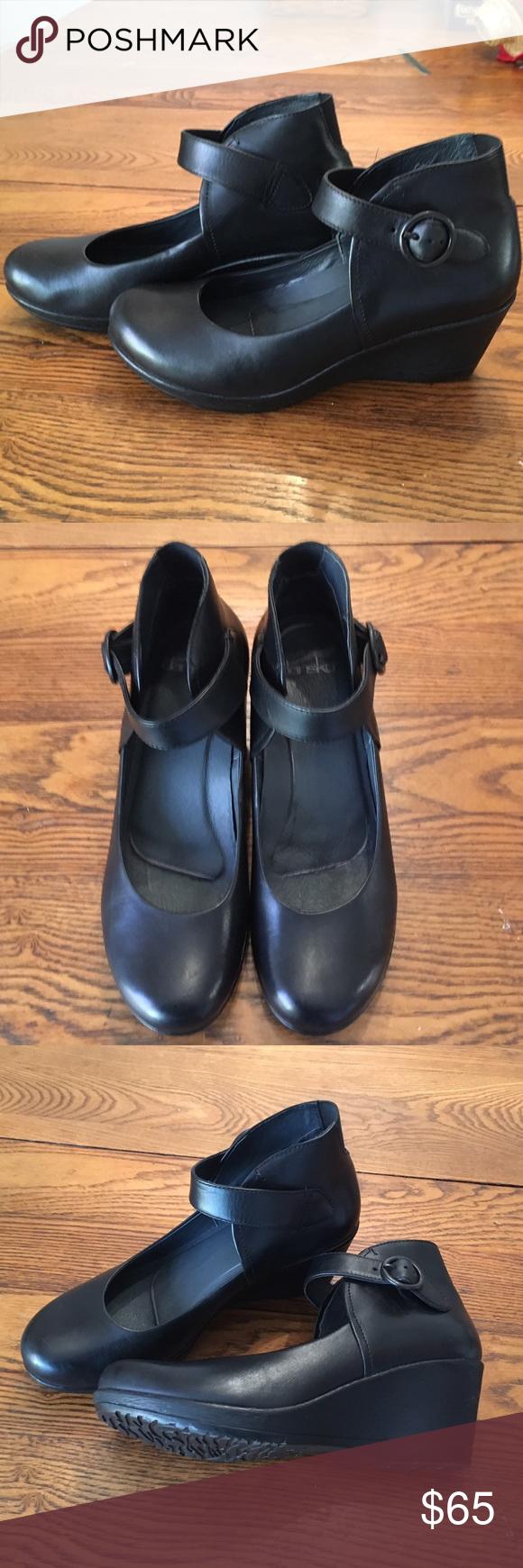 "Dansko ""Rebel"" shoe Dansko ""Rebel"" shoe.  Great condition. Just too big for me. Dansko Shoes"