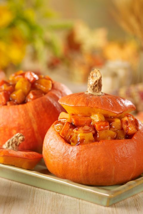 These little pumpkin dishes will make your Thanksgiving table look like it came…
