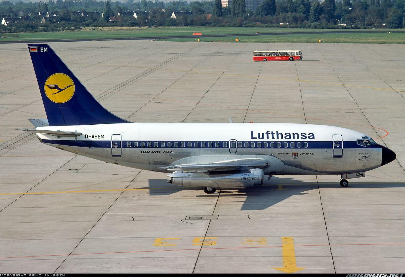 Lufthansa D-ABEM Boeing 737-130 aircraft picture