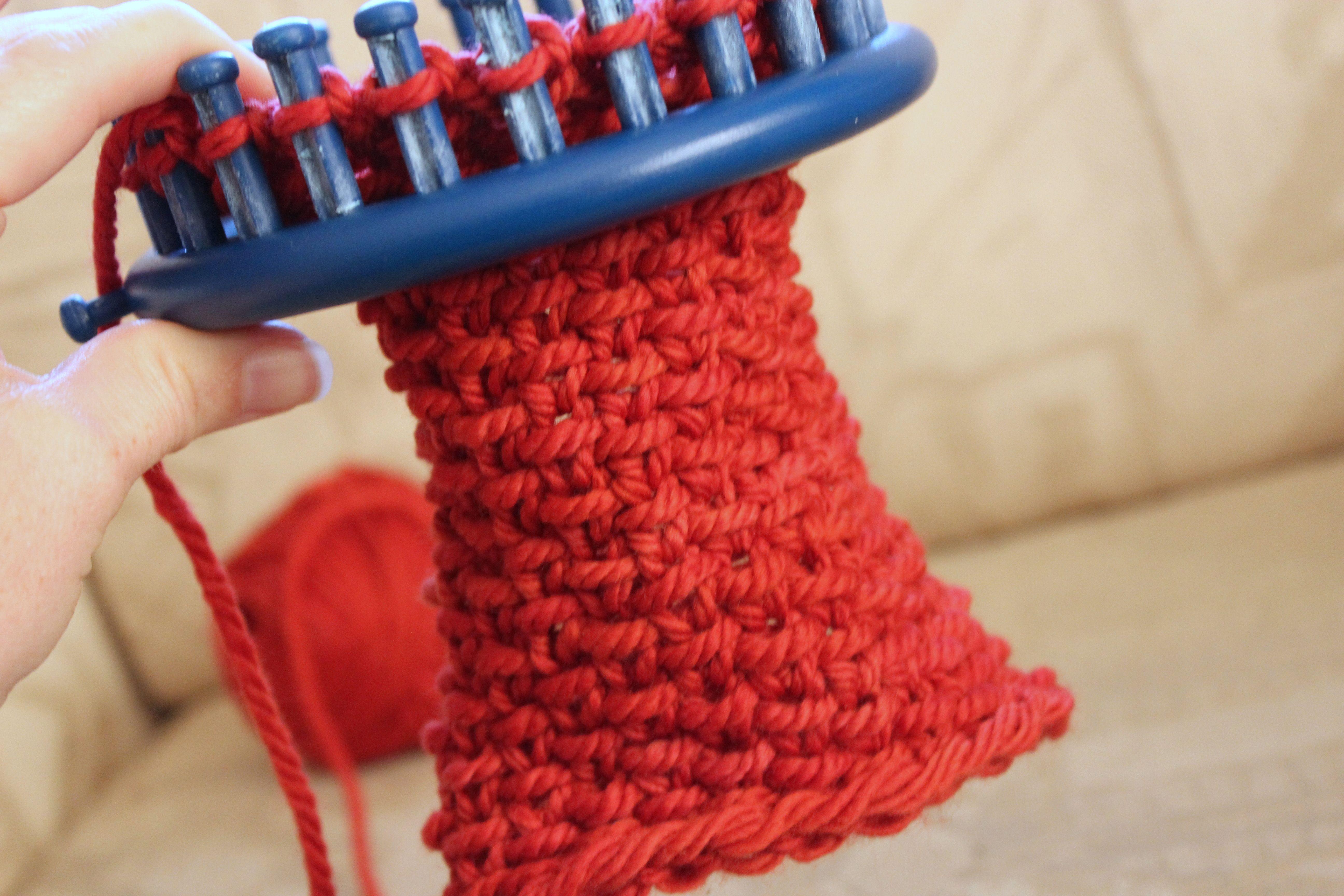 Luxurious Neckwarmer Loom Knitting Pattern ⋆ Polka Dot ...