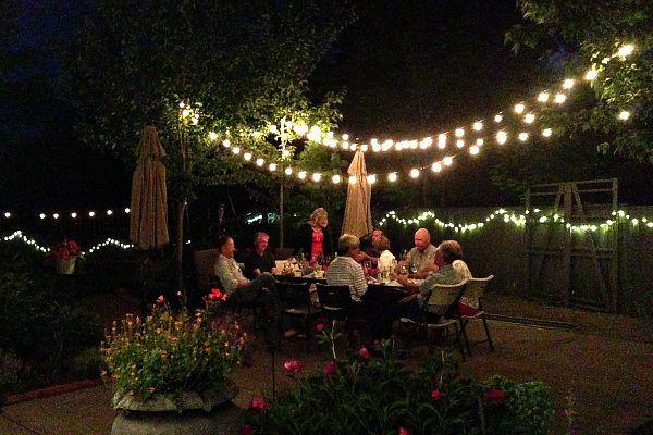 Backyard Novelty Lighting for Outdoor Entertaining ...