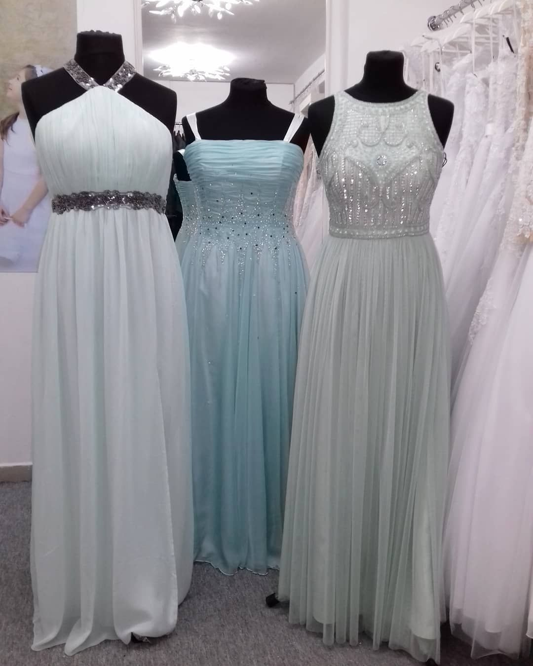 67dfc71c3e Mentolové plesové šaty - dlouhé šaty - maturitní šaty www.svatebninella.cz  mint dress