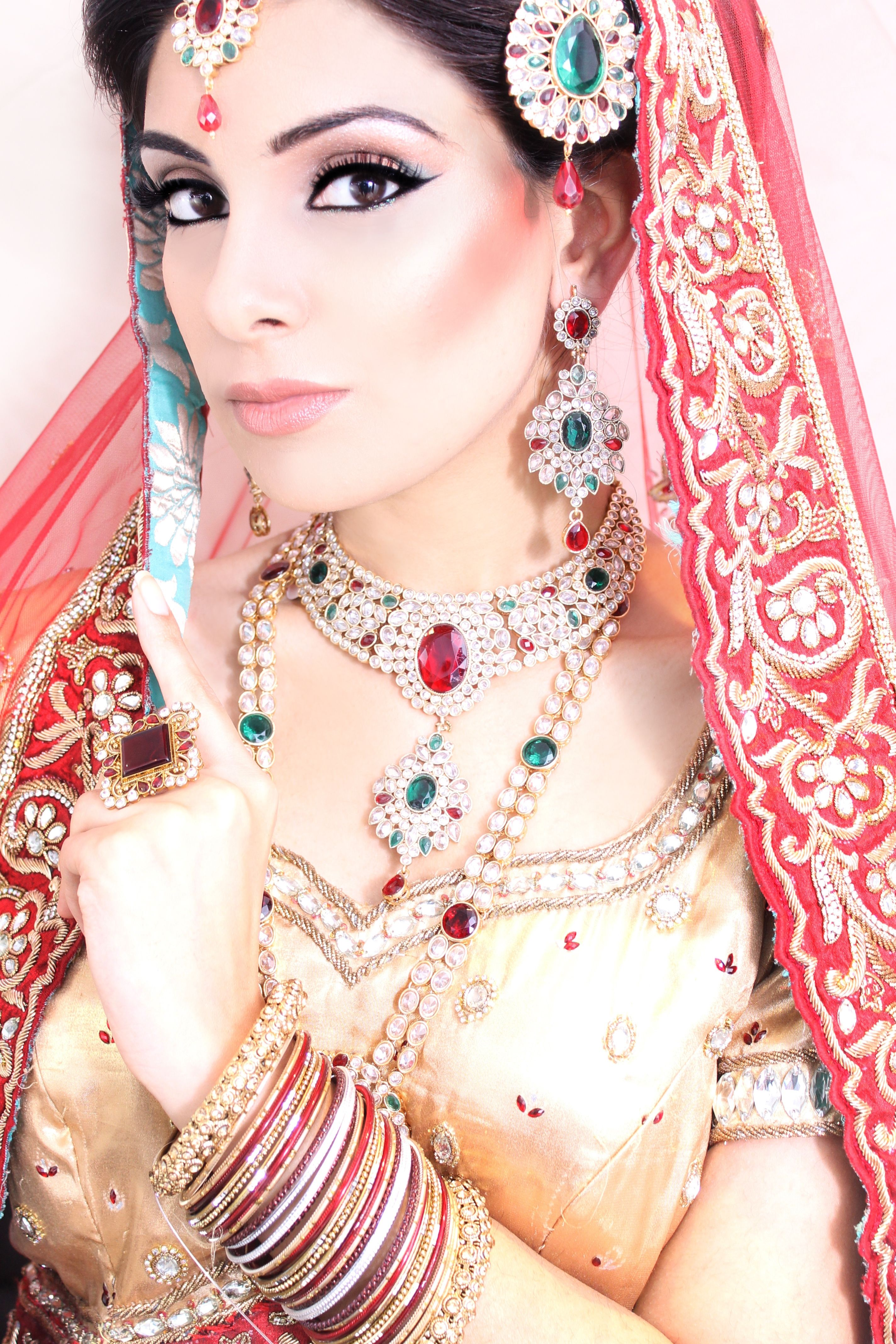 Pin by jeanrose on kundan necklace Bridal jewellery