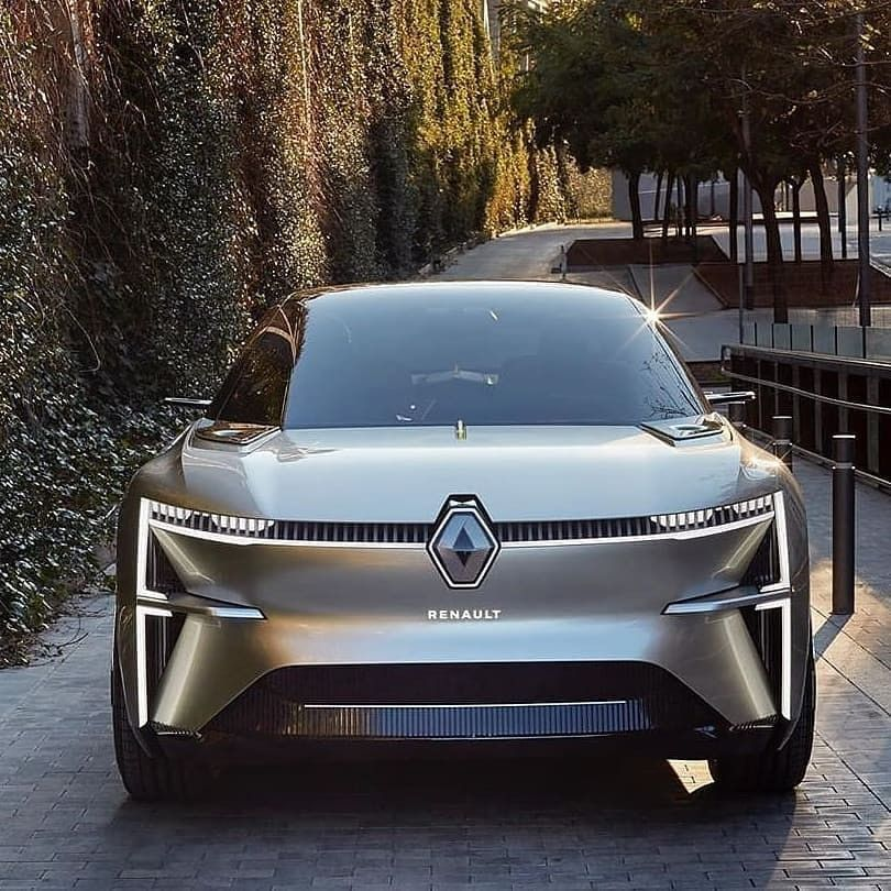 The Renault Morphoz Is A 4 Door Electric Suv Coupe Future Concept Car Grouperenault In 2021 Future Concept Cars Cars Sports Car