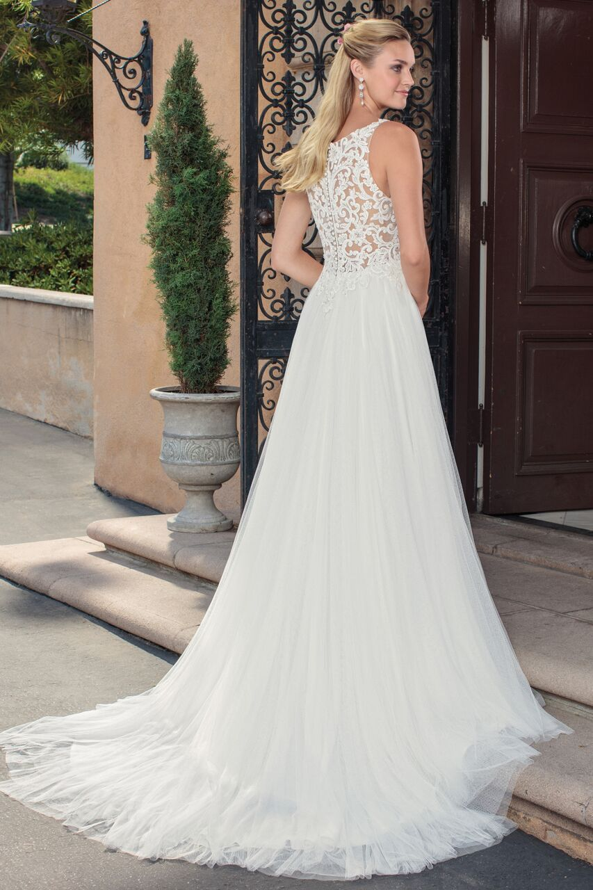 Elegantly classic casablanca wedding dresses villa del sol elegantly classic casablanca wedding dresses villa del sol collection junglespirit Image collections