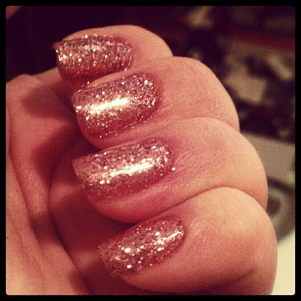 Rose Gold loose glitter gel nails. Did em all by myself. | Cosmetics ...