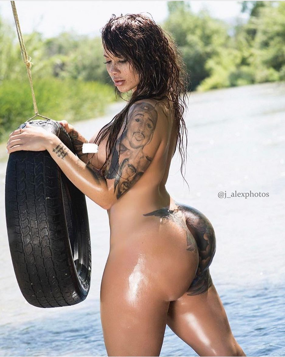 1,158 likes, 15 comments - the hottest women on ig (@thickseason) on
