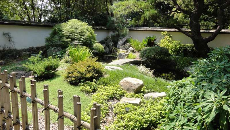 Japanese Stucco Garden Wall | Behind A Garden Wall: The Atlanta Botanical  Garden