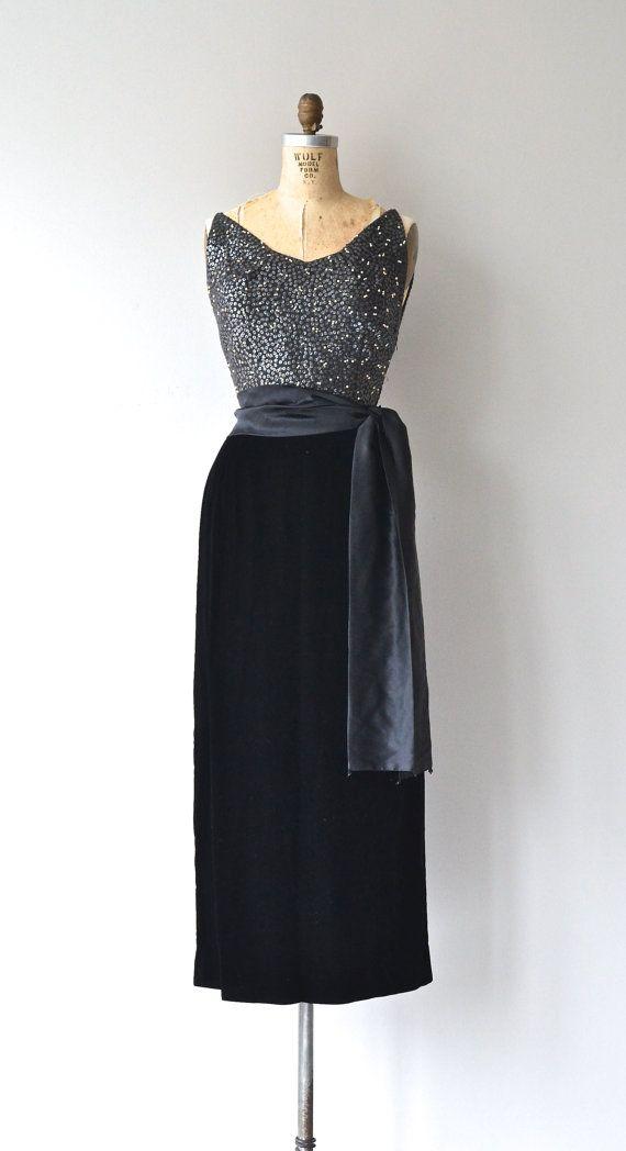 Marquise Kleid-Perlen Jahrgang 1950 s Kleid Perlen von DearGolden ...