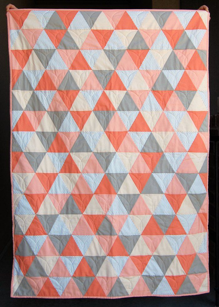 Make This Mod Triangle Baby Quilt Tutorial Tiff Pinterest