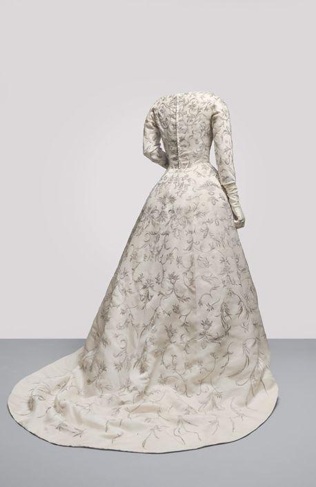 Cristobal Balenciaga Wedding Dress Back 1957 Ivory