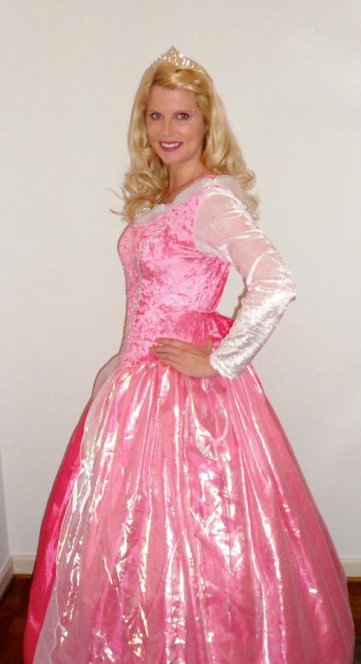 Sleeping Beauty princess party, Metro Atlanta, GA. www.dreamfriends.net