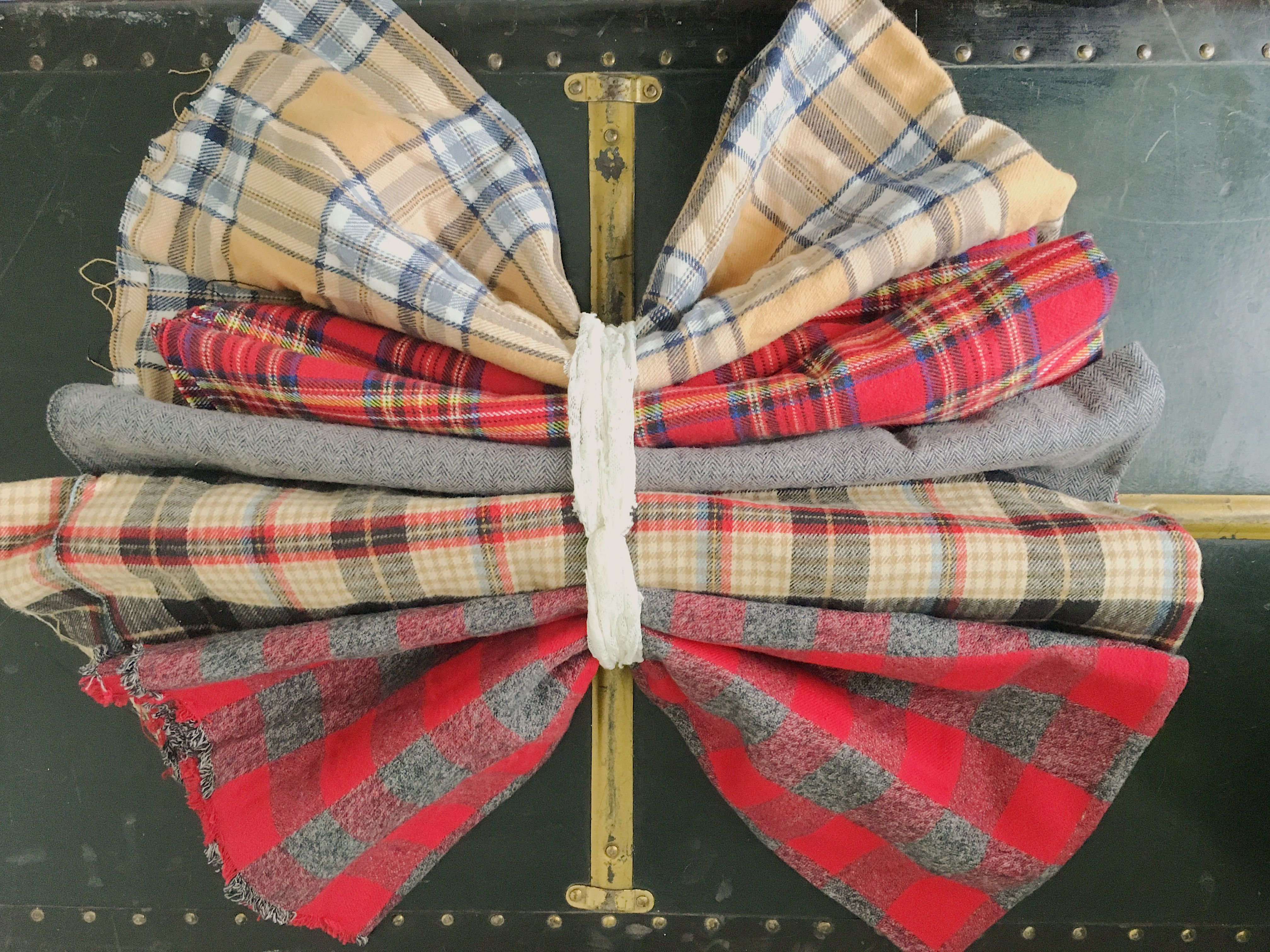 Red flannel fabric  Flannel fabric for baby headbands In love with the idea of flannel