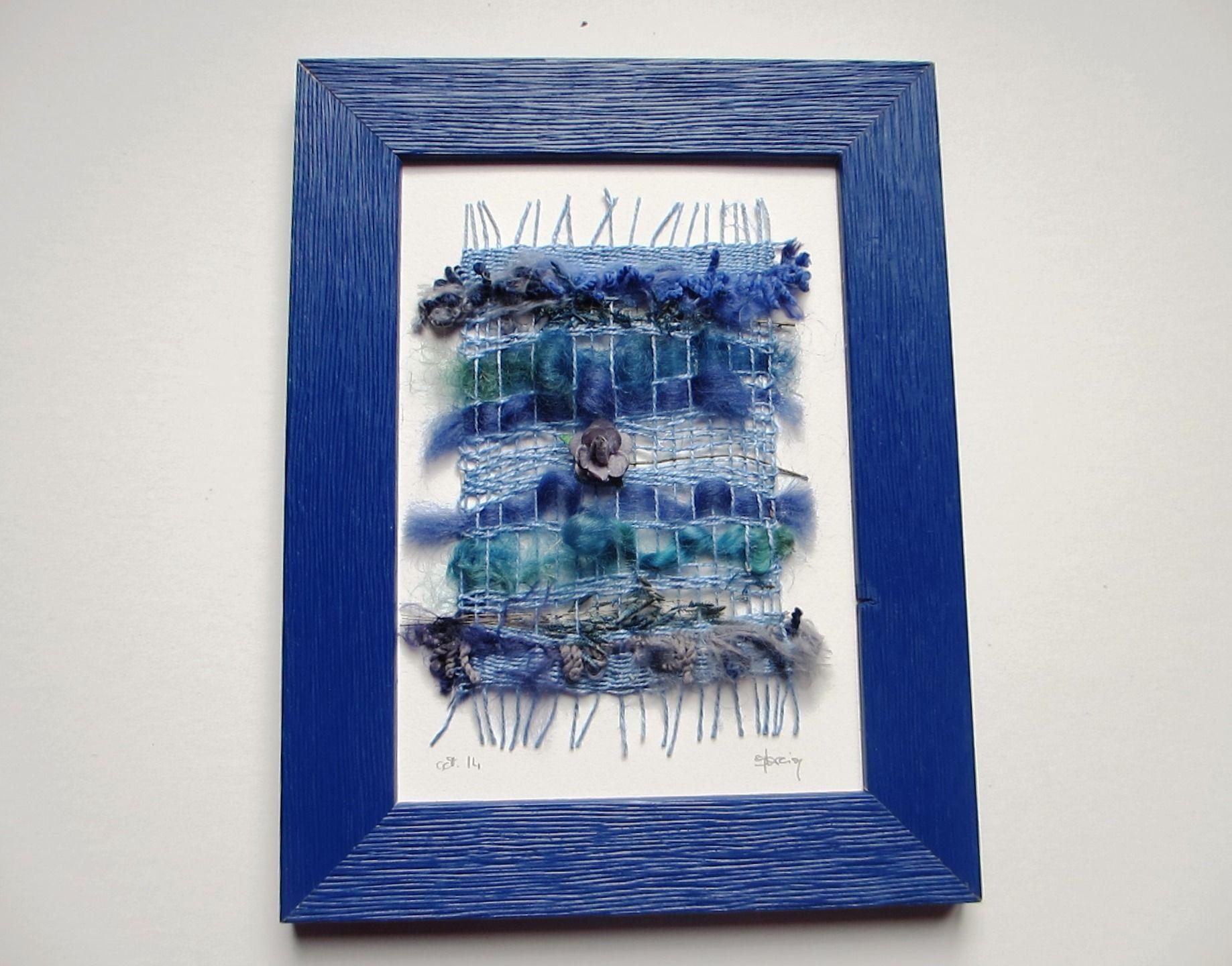 Tableau textile tissage dans cadre bleu pour décoration chambre