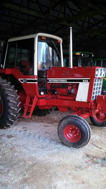 International Harvester 986 Tractor : Ih fully rebuild dan s stuff pinterest