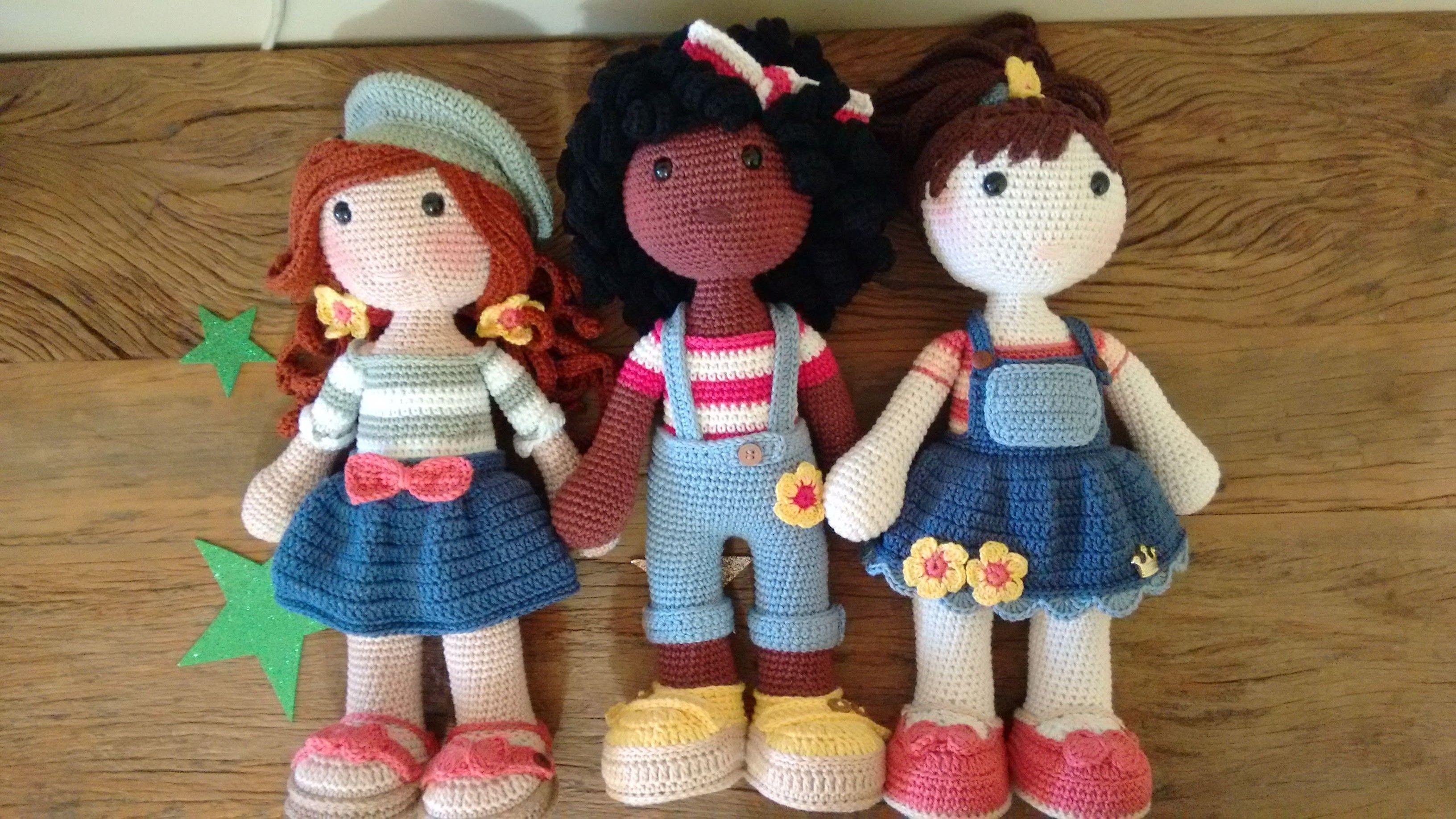 Boneca amigurumi   Bonecas de tricô, Bonecas, Bichinhos de croche   1836x3264