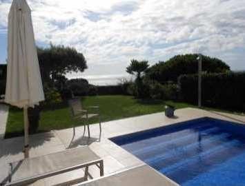 LL 416 Exclusive Villa Pour 4 Personnes Avec Piscine Privée à Cala  Canyelles Costa Brava