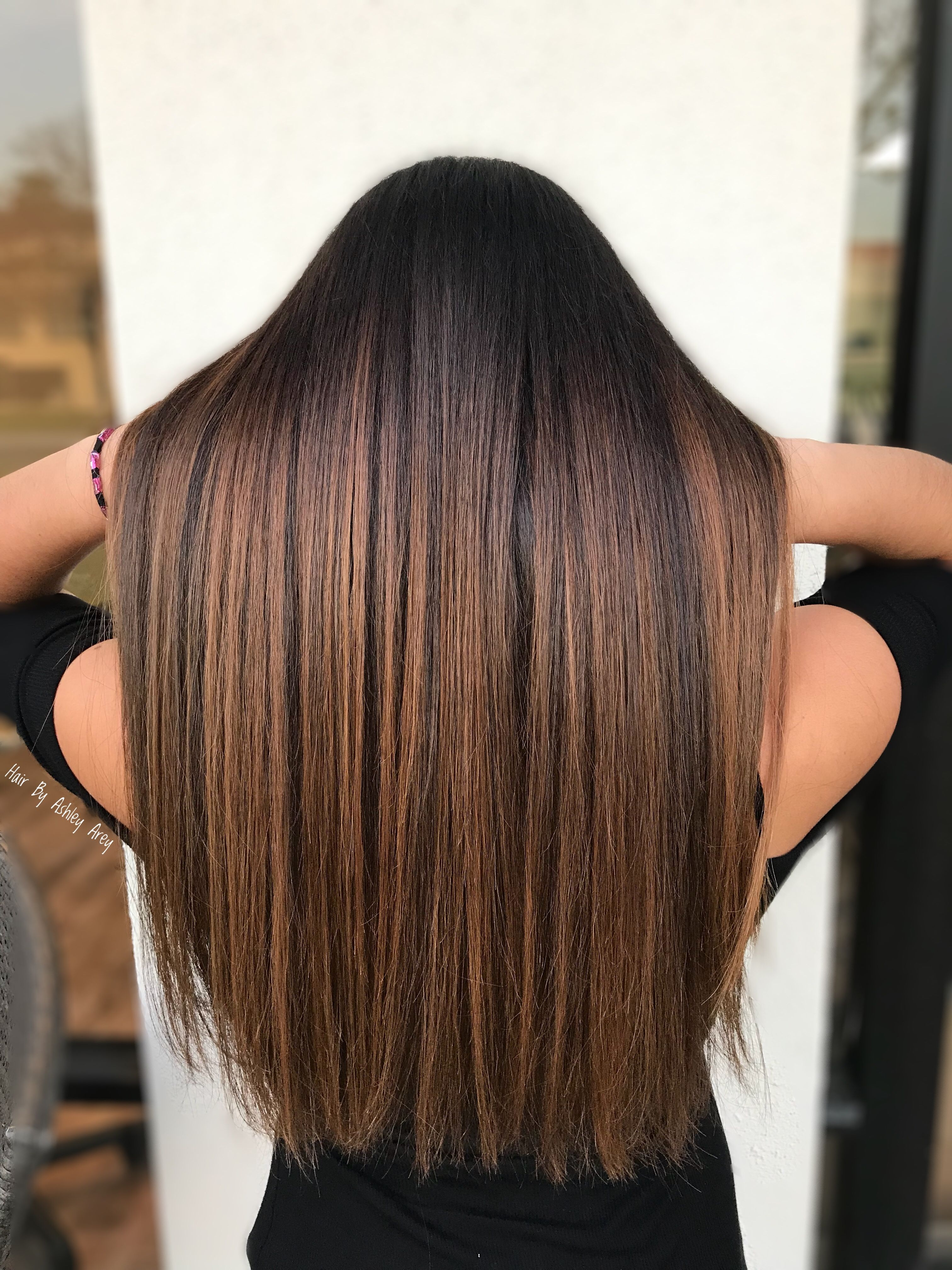 Caramel Balayage Hair By Ashleyarey Balayage Straight Hair Brown Straight Hair Straight Hair Highlights