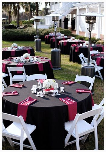 awesome Red and Black Wedding Ideas for a Little Bid Edgy and Love