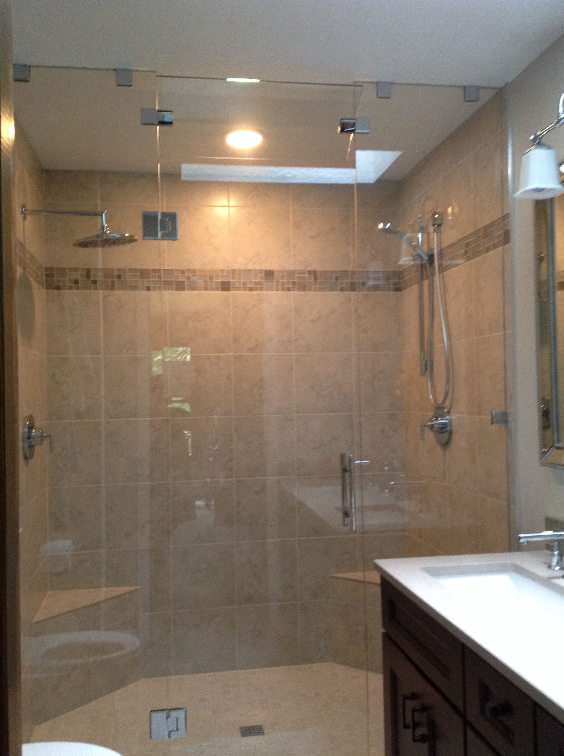 Glass shower wall | Bathrooms by Renee Shilling | Pinterest | Walls