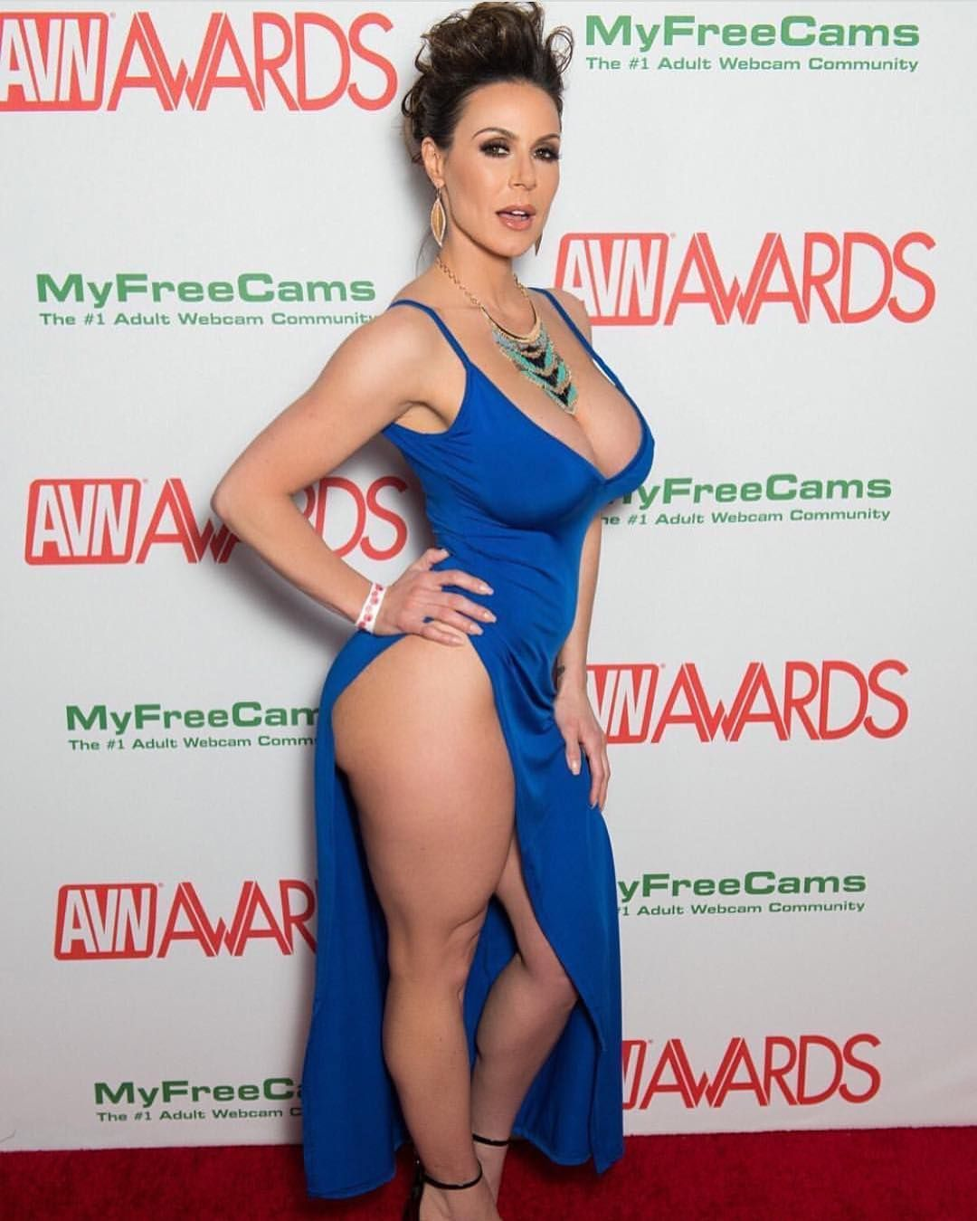 Delicious And Hot In 2019: Kendra Lust️ (gorgeous Model) In Sensual Blue Dress At The