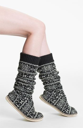 KNEE SOCKS Nordic slipper socks? Soo cute! Bonus- they're machine ...