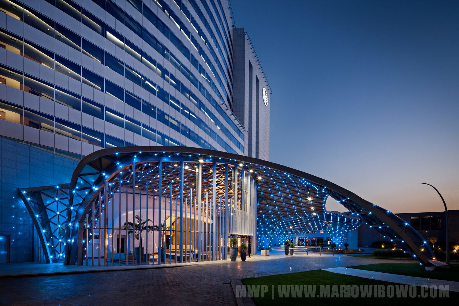 Art Rotana Hotel Drop Off At Amwaj Island
