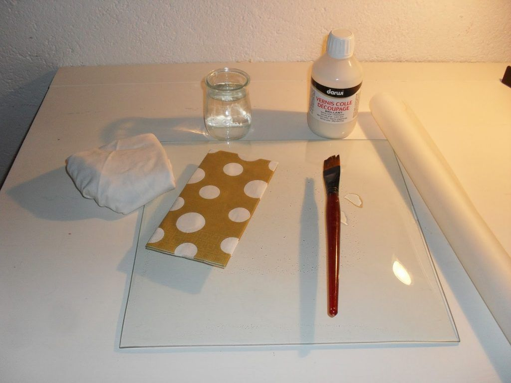 8 Helpful Hints for Making Decorative Decoupage