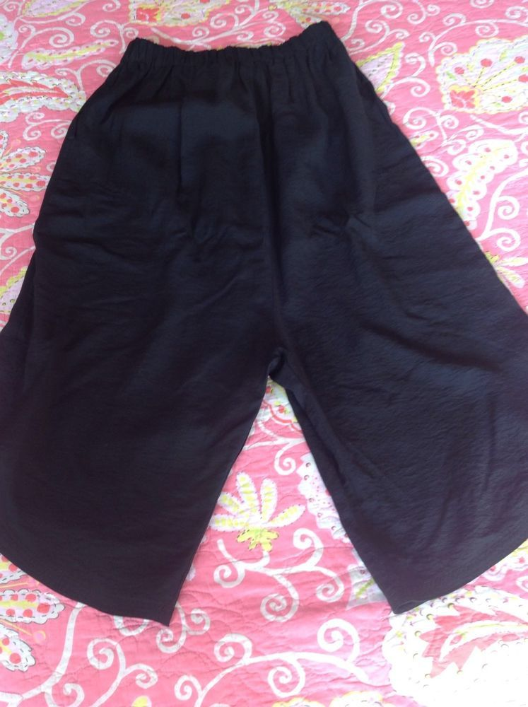BCBG MAX AZRIA Black 100% Silk Harem Crop Capri Pants Size M #BCBGMAXAZRIA #Harem