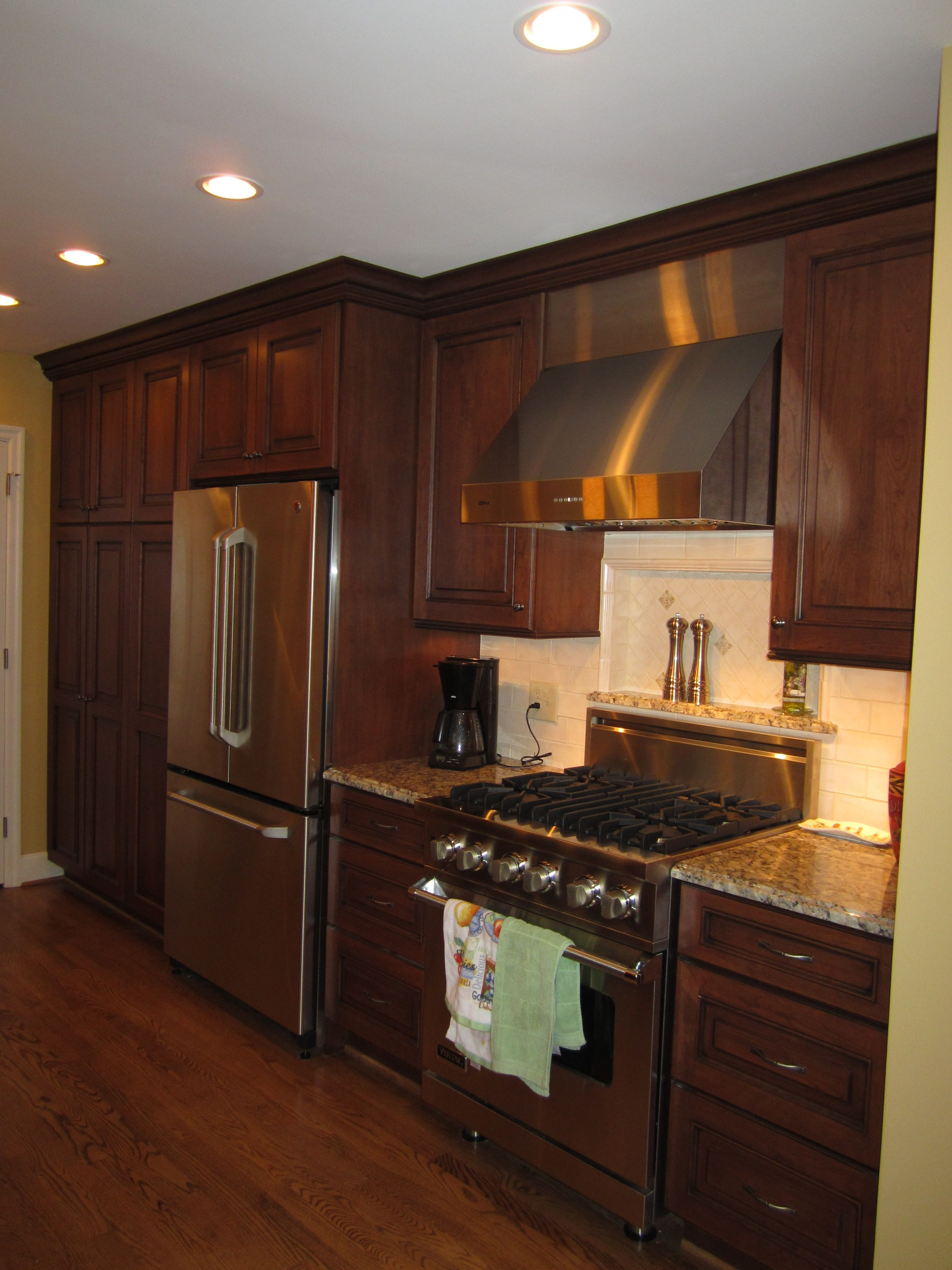Pull Up A Seat How To Plan For Built In Seating In Your Home Kitchen Tiles Design Kitchen Cabinet Layout Kitchen Design