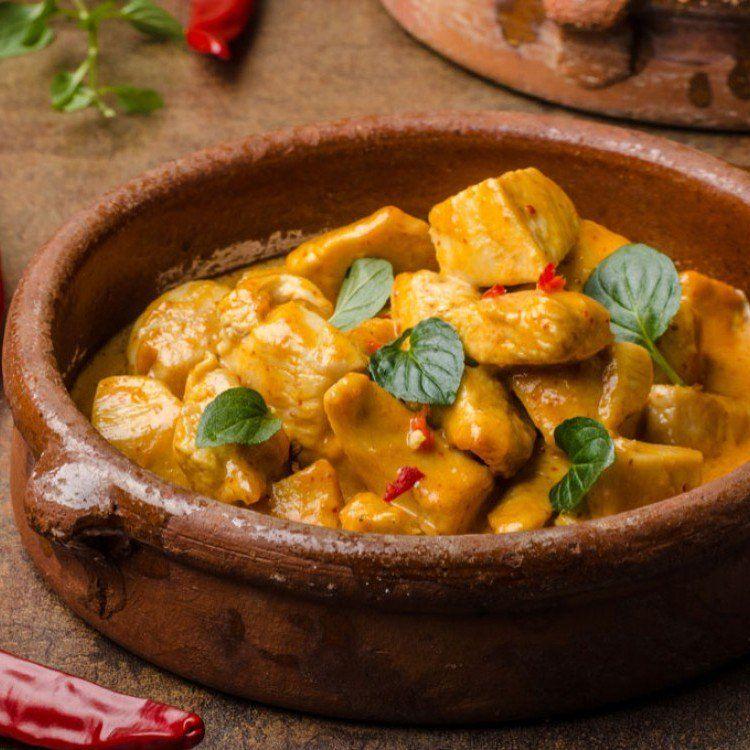 طريقة عمل دجاج بالكاري والبطاطا الحلوة وصفات دجاج Coconut Curry Sauce Coconut Curry Basil Chicken