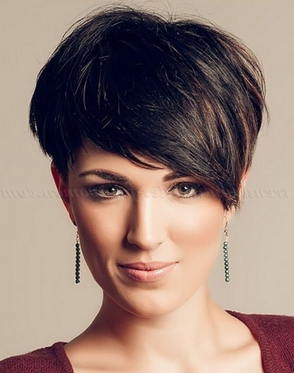 Image Result For Asymmetrical Short Haircuts Look Pinterest