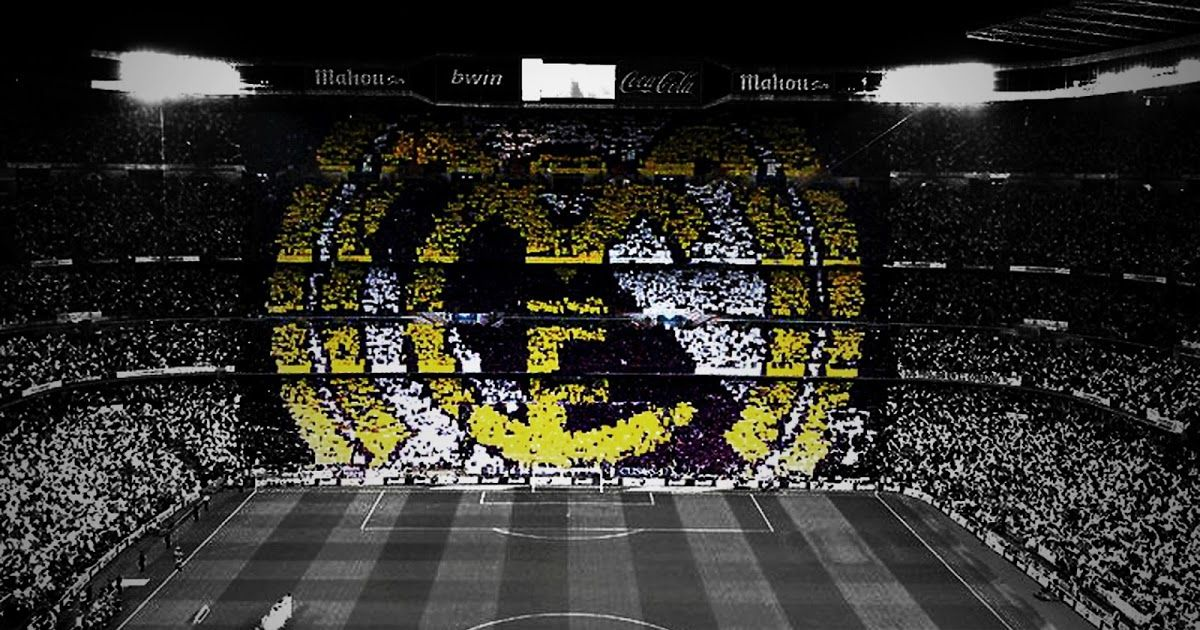 Pin By Mohamed Tark On Uhuyhuy In 2020 Real Madrid Wallpapers Real Madrid Logo Wallpapers Madrid Wallpaper