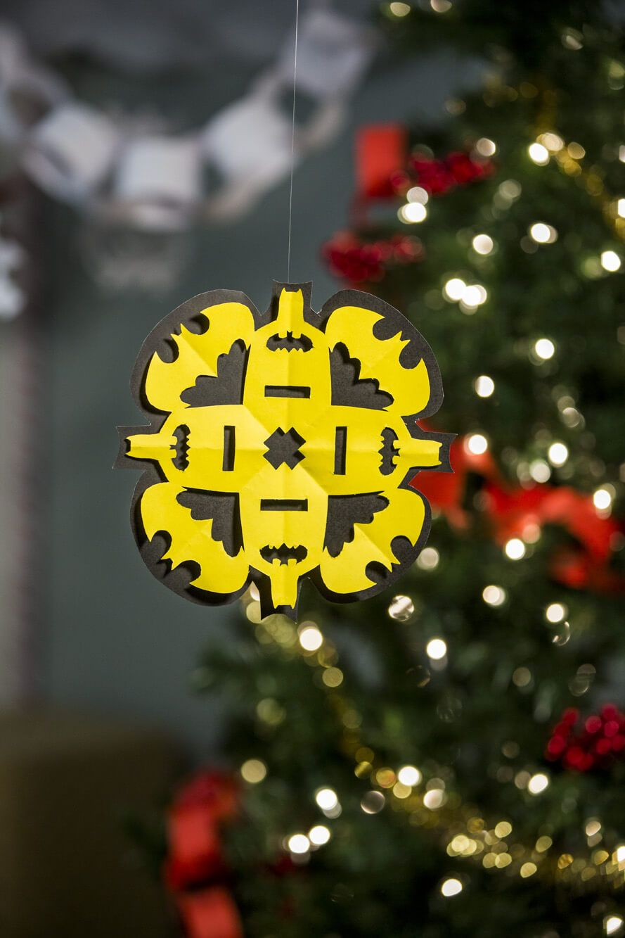 DIY Batman Snowflake - Free Printable Pattern