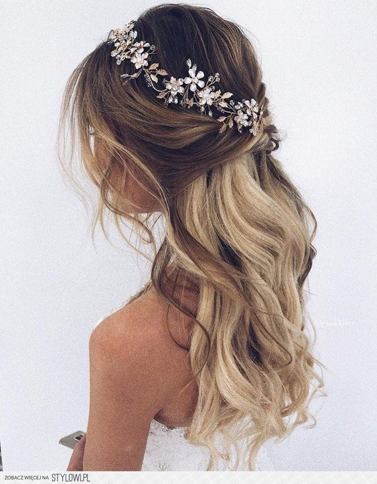 Frisuren  Haar in 2019  Hochzeitsfrisuren Haare