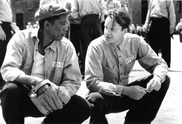 Morgan Freeman and Tim Robbins in The Shawshank Redemption (Um Sonho de Liberdade, 1994)