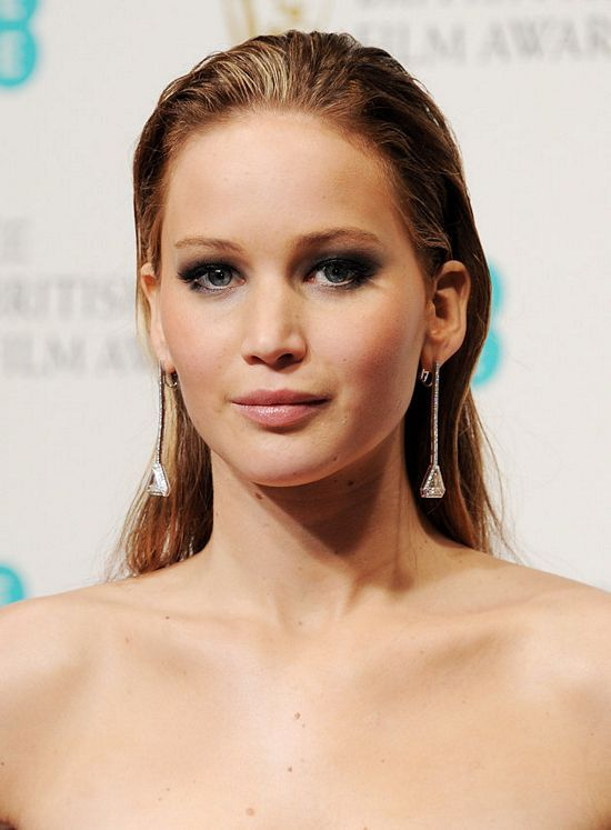 Jennifer Lawrence With Slicked Back Hair Make Up Hair