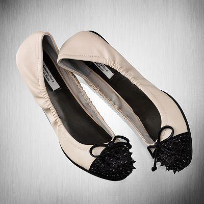 Simply Vera Vera Wang Ballet Flats