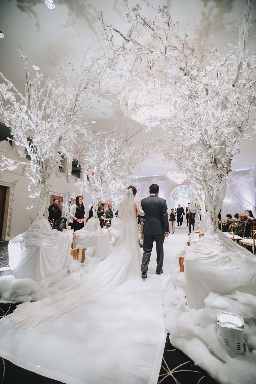 A Lavish, Winter Wonderland Themed Wedding in Vancouver ...