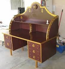 steam punk decor this incredible steampunk desk started out life as a boring old particleboard desk before being modded into this incredible piece