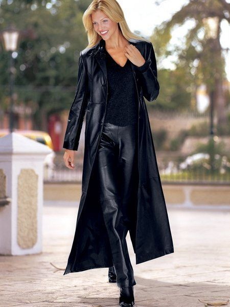 Blonde in Bottom Length black Leather Coat and matching