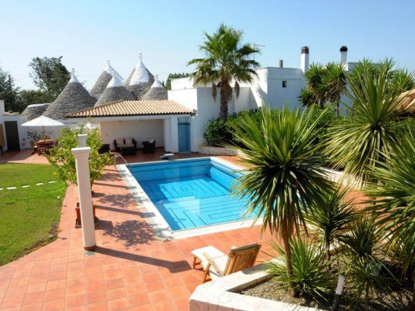 Trullo met zwembad, vlakbij Cisternino, 18 km van het strand
