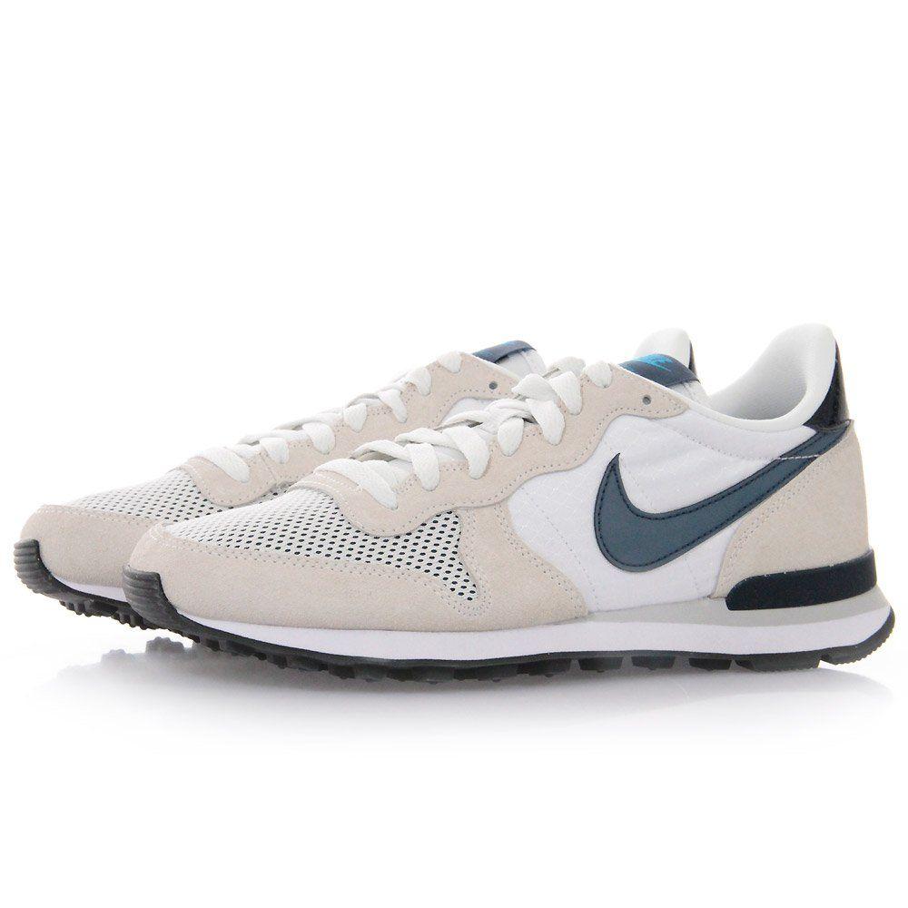 the latest 8ca24 cc01d Nike Internationalist Summit White Shoes 631754 100