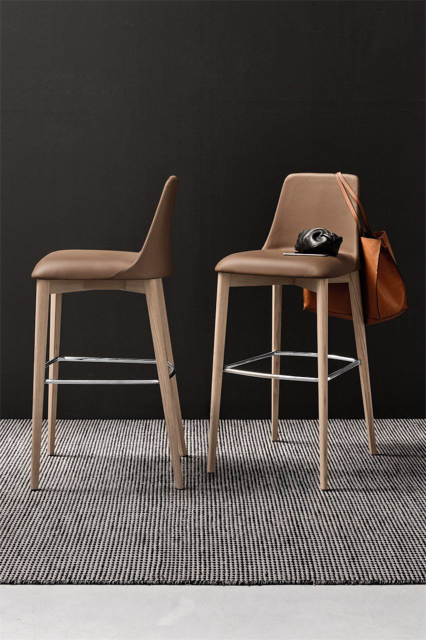 Calligaris Etoile Bar Stool Comes In Two Different Heights And